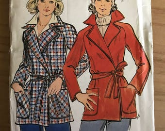 Butterick 3914 - 1970s Notched Collar Wrap Front Jacket with Patch Pockets - Size 14 Bust 36