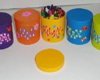 Round Crayon Holder