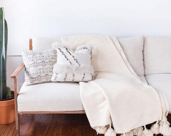 Moroccan Wool Pom Pom Blanket, Cream Wool Throw, Berber, Bohemian, Bedding, Winter Blanket, Wool Blanket, Pom Poms, Boho Blanket, Bed Cover