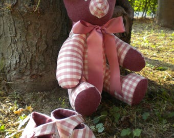Bear rose with Pink Shoes