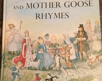 Marguerite de Angeli's Book Of Nursery and Mother Goose Rhymes