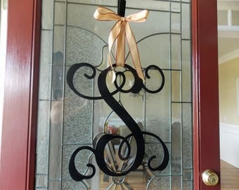 Valentines Day Door Hanger-Valentines Wreaths for Front Door-Valentines Day Door Decor-Valentines Day Monogram-Valentines Door Hanger