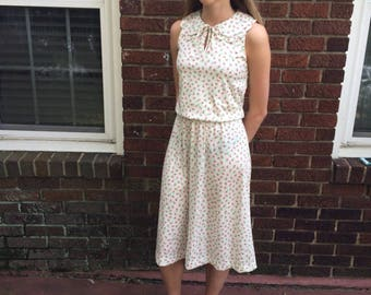 Retro Rose Print Dress, 1970's Double Collar Dress, Vintage Outfit, Scalloped Collar Dress, Sweet Sleeveless Dress, Handmade, Size Small