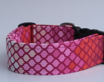 Tints and Shades of Pinks and Reds Dog Collar