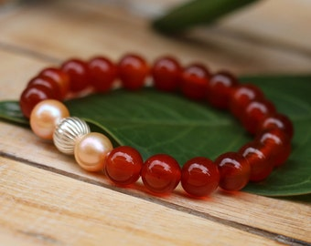 No. 40 Carnelian, Fresh Water Pearl and Sterling Silver Stretch Bracelet