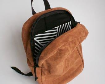 Wave Daypack, Brown Suede