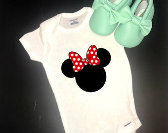 Disney onesie, Minnie Mouse Onesie, Mickey Mouse onesie, Disney Baby, Disney Baby Gift, Cute baby gift, Minnie and Mickey onesie