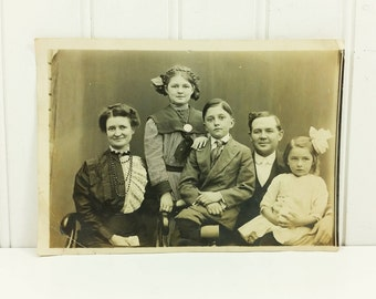 Mom Dad and the Kids Found Photo, Early 1900's Era Family Snapshot Photograph