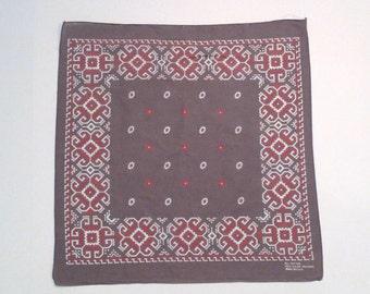 Gray and Pink Bandana Vintage Fast Color Cotton RN13960 Southwestern Scarf Neckerchief Tribal Geometric Handkerchief 1960s 70s Plattermatter