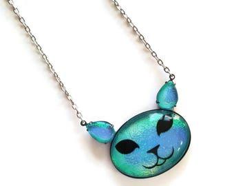 Cute face Cat Pendant, Cat head gem, Kitty necklace, Big jewel cat jewelry