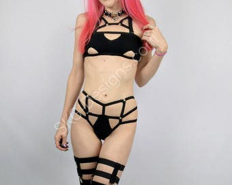 Ambrosia harness top with removable straps