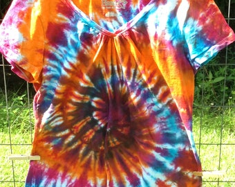 Ladies Medium Spiral Tee