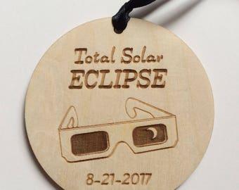 Solar Eclipse 2017 - Commemorative Christmas Ornament