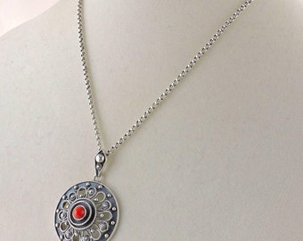 "835 Sterling Silver Rolo Link Chain And Red Coral Pendant Necklace 18"" (19.0 grams)"