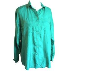 Vintage Silk Green Blouse / Vintage 100% Silk  1990s Shirt / Size Small / Medium / by Leena Studio / Excellent Condition