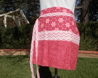 Vendor apron, Teacher apron, Utility apron, Waitress apron, Server apron - Red and White 6 pockets Apron