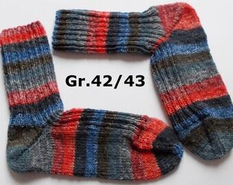 hand-knitted socks, Gr. 42/43 (EU), red-blue-gray