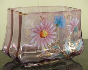 Coupe Art Nouveau en verre émaillé début du siècle. Art du verre français 1900. Décor floral.
