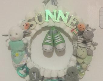Gender Nuetral Diaper Wreath-Baby Shower Decor-Custom Theme-Custom Name-Baby Gift-Baby Shower Gift-Baby Girl-Baby Shower-Monogram-Nursery