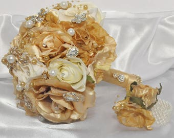Gold & Cream Bouquet with hand corsage