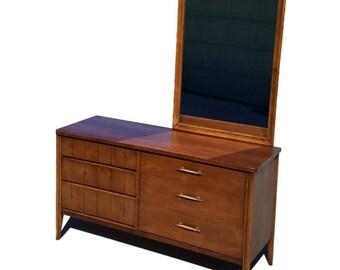 Broyhill Saga, Mid Century Modern Dresser, MCM Vintage Dresser, Vintage Credenza, Mid Century Credenza