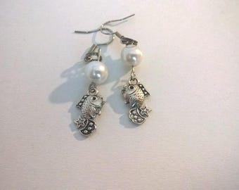 PISCES Moon Silver earrings and jewelry White Pearl beads women and girls
