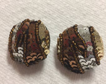 Sequin Round Clip Earrings