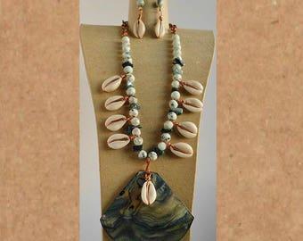 Kiwi Jasper and Shell necklace set