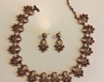 Mint Vintage Renoir copper necklace and earring set
