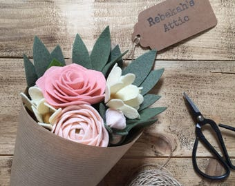 Summer gift bouquet; felt flowers; daisies, roses, ranunculus