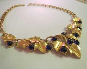 exquisite Kunio Matsumoto Trifari grape leaves  gold tone designer necklace vintage