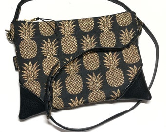Black Sparkle Pineapple x Black Crossbody Convertible Zipper Clutch / Purse with Zipper Pull and Interchangeable Purse Strap