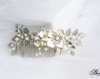 Wedding Hair Comb, Leaf hair comb, Silver Pearl Bridal Hairpiece, Bridal Hair Accessory, Flower Hair Piece, Wedding Headpiece, Bridal Comb.