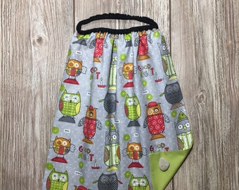 Towel, maxi bib for child to himself, theme little owls on gray background