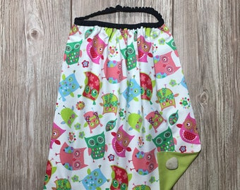 Elastic bib, canteen maternelle.theme multicolored owls to green towel