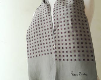 Pierre Cardin scarf for men in vintage silk.