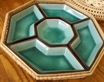 """5 Dish Vegetable Dip Set Glazed Ceramic with Wicker Basket/Carrier and Lid, 12-1/2"""""""