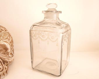 Antique Fine Spirits DECANTER with original stopper, Small and rare late 19th century spirits decanter, Victorian small glass decanter