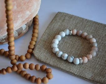 Howlite and Sunstone healing diffuser bracelet 8mm