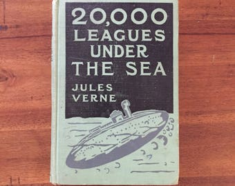 1917 20,000 Leagues Under the Sea by Jules Verne Hardcover Book/ Grosset and Dunlap/ Twenty Thousand Leagues/ Illustrated/ Antique Book