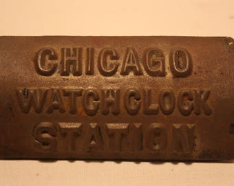 Vintage Cast Iron Chicago Watchclock Station