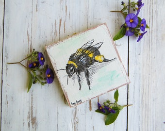 Bumblebee Print, Bumblebee Gifts, Miniature picture, Cute Animals, Kids room decor, Wood sign, Nursery decor, Stocking Stuffer, Christmas