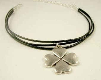 California Black Clover Bracelet