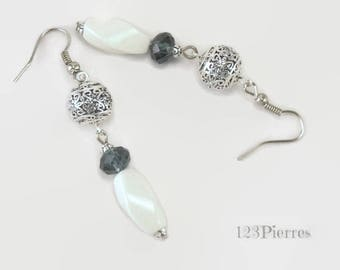 White porcelain earrings with chiseled metal and grey-blue ink crystal - an 123Pierres jewel