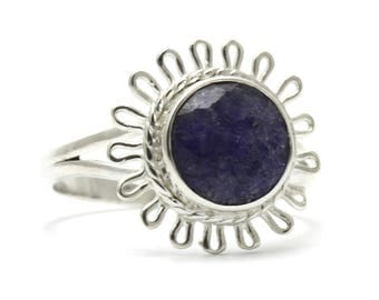 Created Sapphire Ring, 925 Sterling Silver, Unique only 1 piece available! SIZE 6.50 (inner diameter 17mm), color navy blue, weight 2.5g,