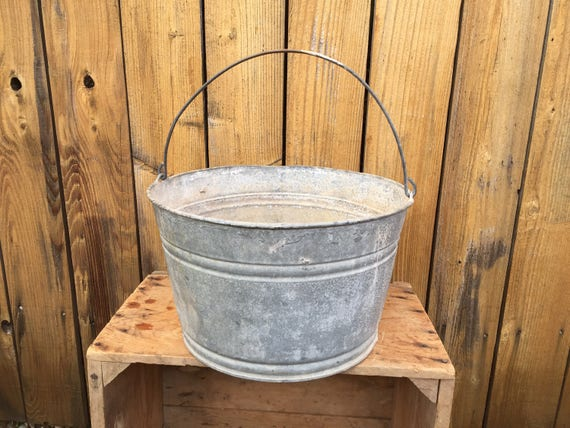 Galvanized bucket flower tub large metal wash tub water pail for Large galvanized buckets for flowers