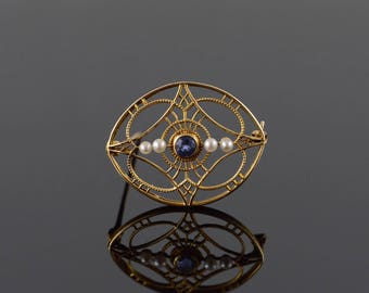 14k 1960's Retro 0.20 CT Blue Topaz Pearl Filigree Oval Pin/Brooch Gold