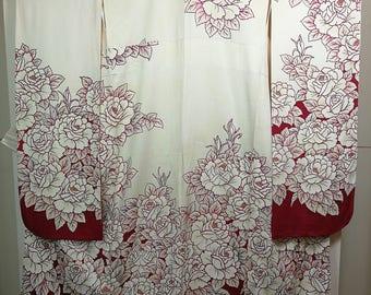 Floral Furisode Traditional Japanese kimono