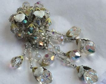 Stunning Vendome brooch - crystal beads with  white accent caps