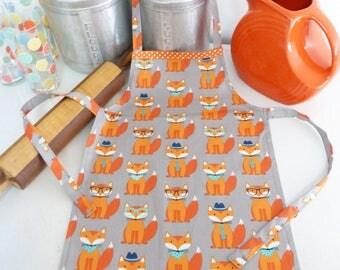 Youth/Tween Fox Apron, Fox Print, Mr. Fox, Handmade Apron, Party Favor, Kids Vintage Apron, Boy or Girl Apron, Orange Foxes in Glasses